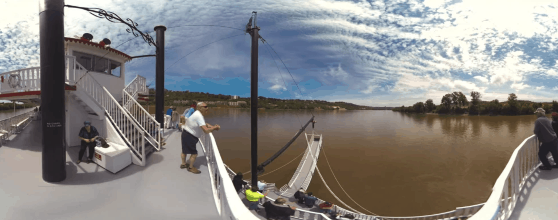 Video screenshot of BB Riverboats 360 Video